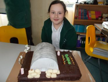 Jess even made an edible shelter!